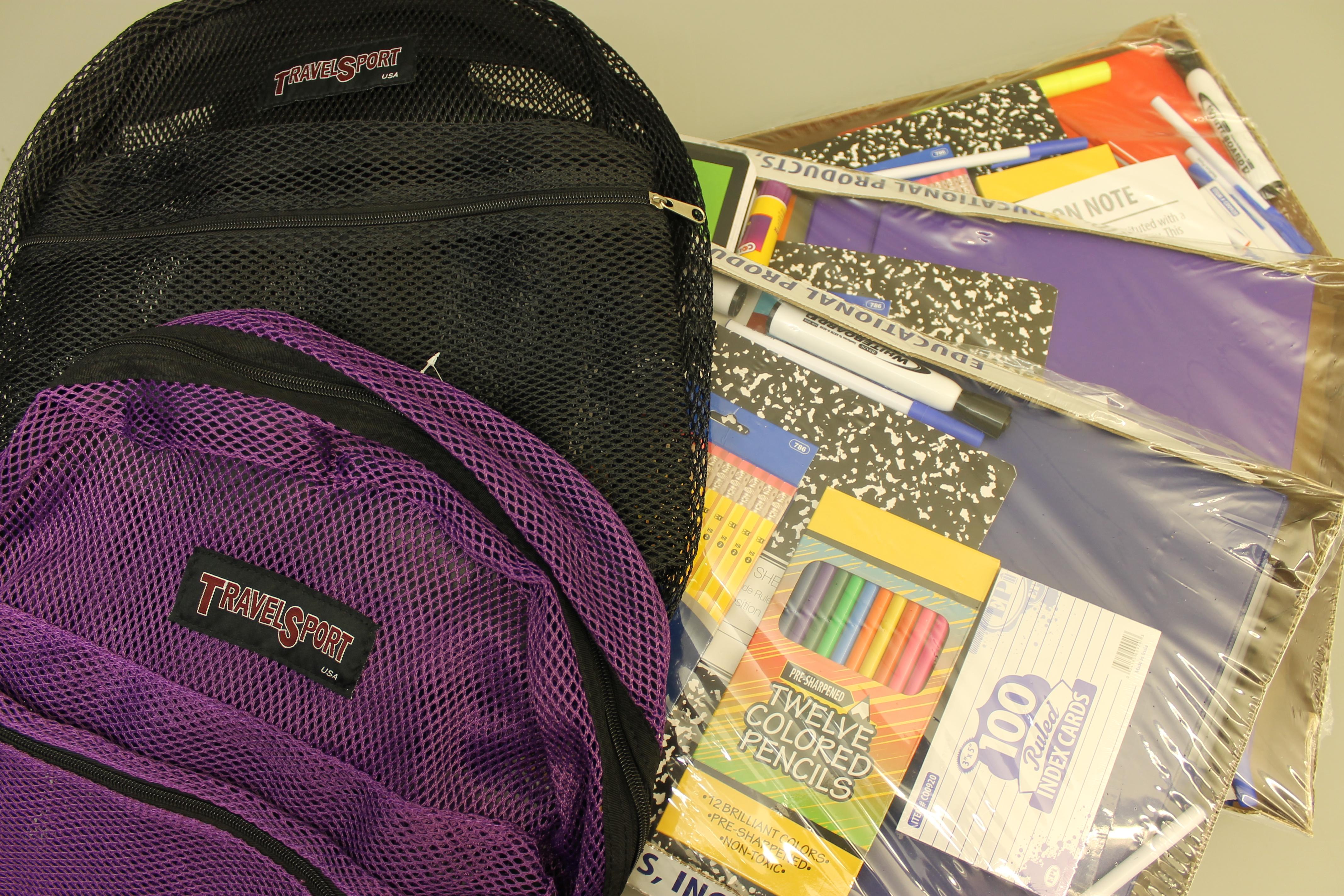 Refugees at HISD campuses receive full sets of school